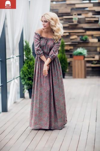 Женская одежда вишня