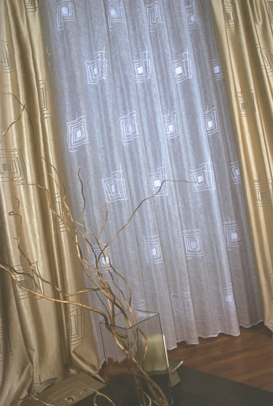 45520/250, КОМПЛЕКТ для гостиной класса ЛЮКС, размеры: тюль - 500 см ширина * 250 см высота, Портьеры: 150 см ширина * 250 см высота каждая