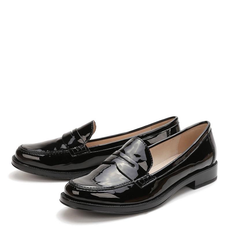 черные кожаные лаковые лоферы KEDDO