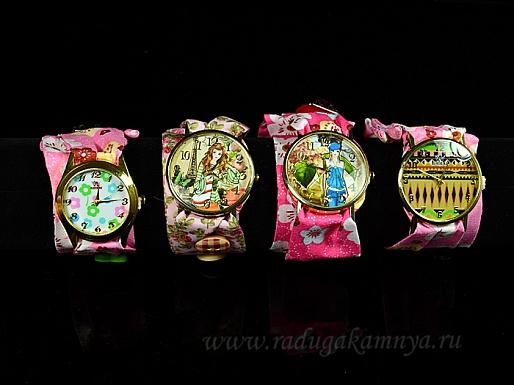 """Часы-браслет наручные на тканевом ремешке \""""Цветочные\"""", цв. розовый, 26см"""
