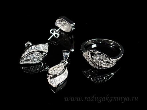 Кольцо Серьги и Кулон С925,фианиты, размер 17, 6,1гр.