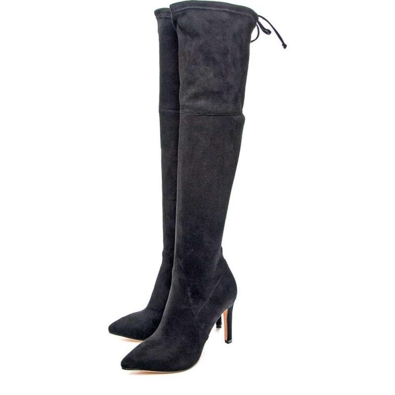 Черные женские ботфорты на шпильке