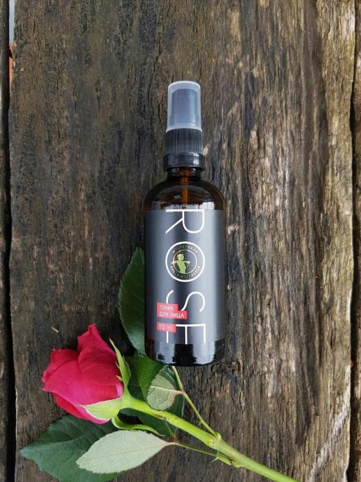 Rose тоник для лица увлажняющий с гиалуроновой кислотой, с шёлком 90мл
