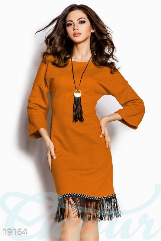Теплое платье бахрома