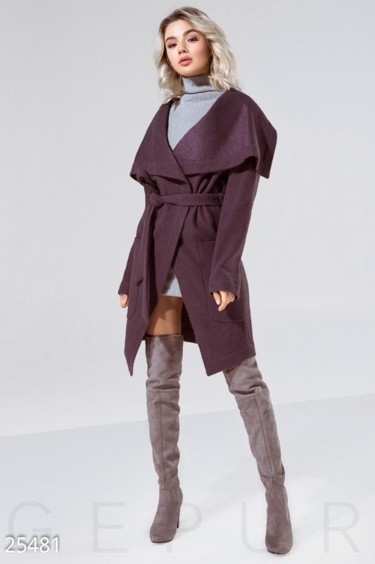 Трендовое женское пальто