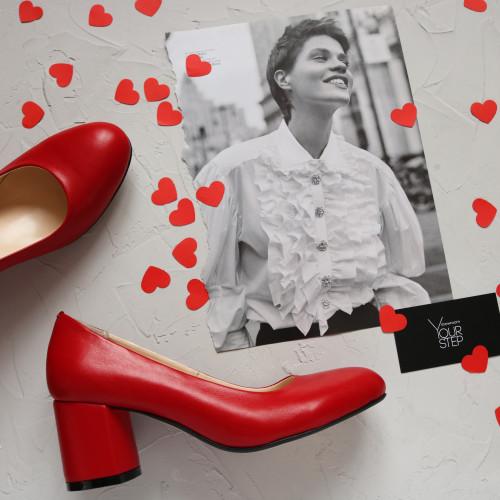 Туфли из красной кожи на низком каблуке Арт. 605-4/45Ок