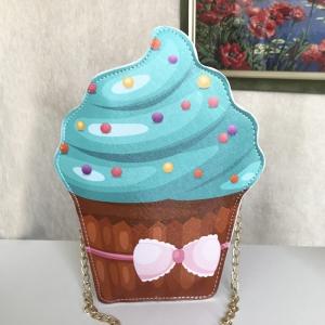 Яркая сумочка-пирожное BAG-30-COFFE