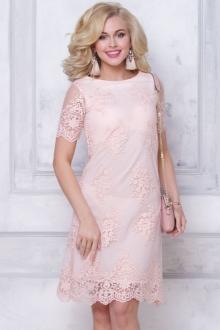 Привлекательное вечернее платье