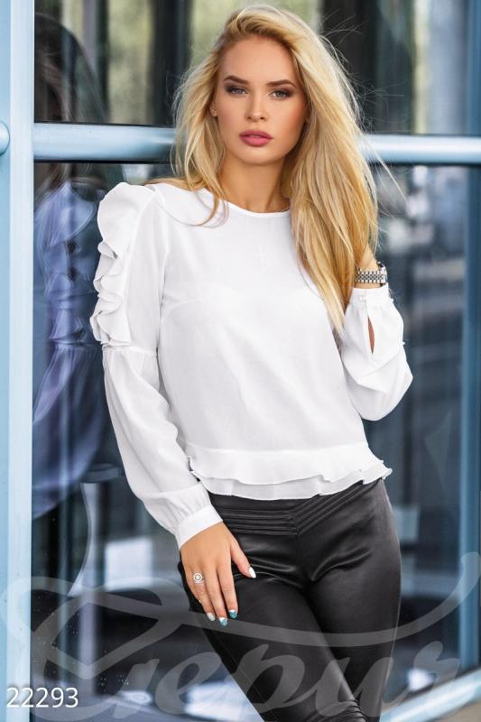 Тонкая офисная блуза
