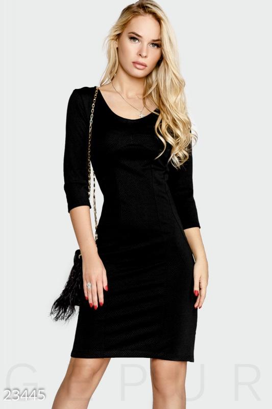 Моделирующее платье-футляр Подробнее: https://gepur.ru/product/plate-23445