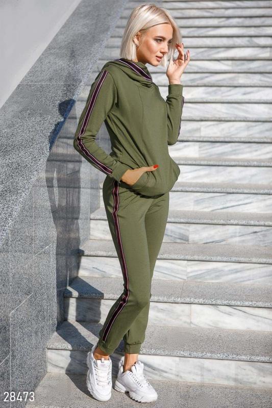 Трикотажный спортивный костюм Подробнее: https://gepur.com/product/kostyum-28473
