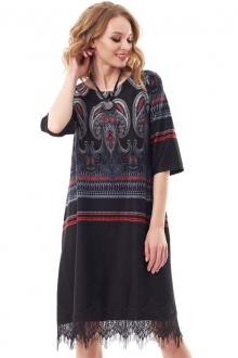 Лёгкое платье с кружевным декором