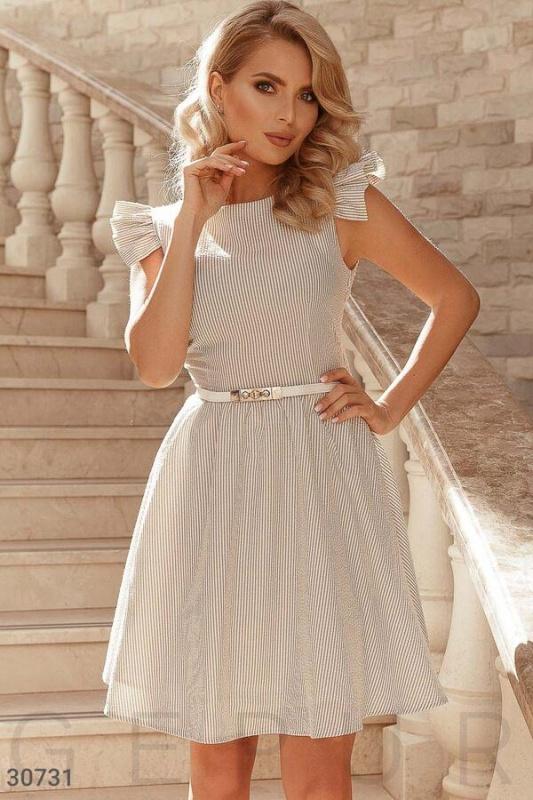 Платье классического кроя