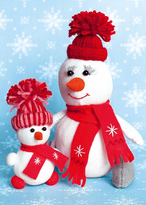 """Набор для изготовления текстильной игрушки из фетра арт.ПСФ-1603 \""""Снегомама и Снегодочка\"""" 16,5см, 10,5см"""